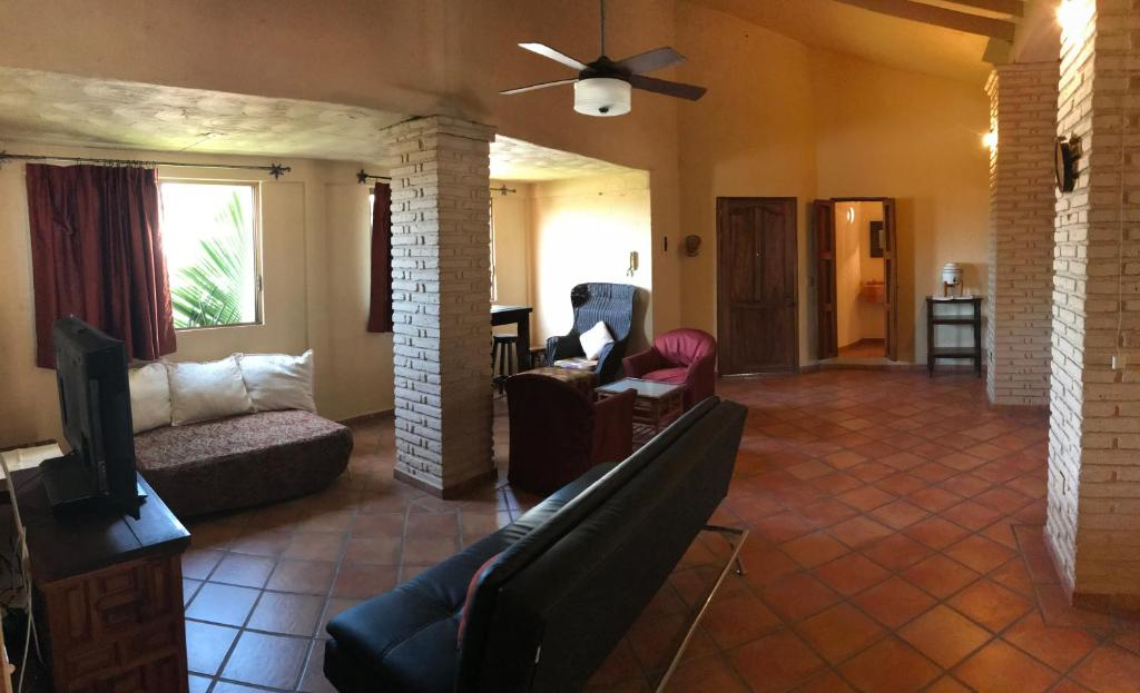 Comfortable apartment a few blocks from Los Muertos beach, in the Romantic Zone