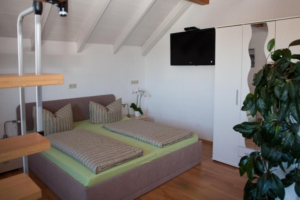 g stehaus zur offenen t r r servation gratuite sur viamichelin. Black Bedroom Furniture Sets. Home Design Ideas