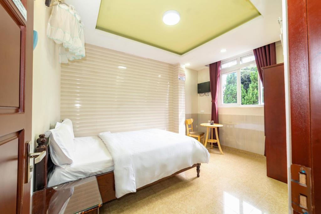 Thiên Tân Hotel