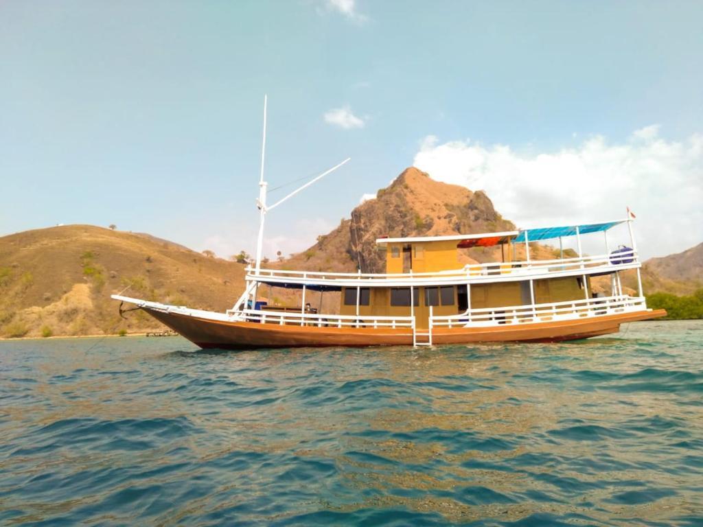 Kapal Sangiang Api