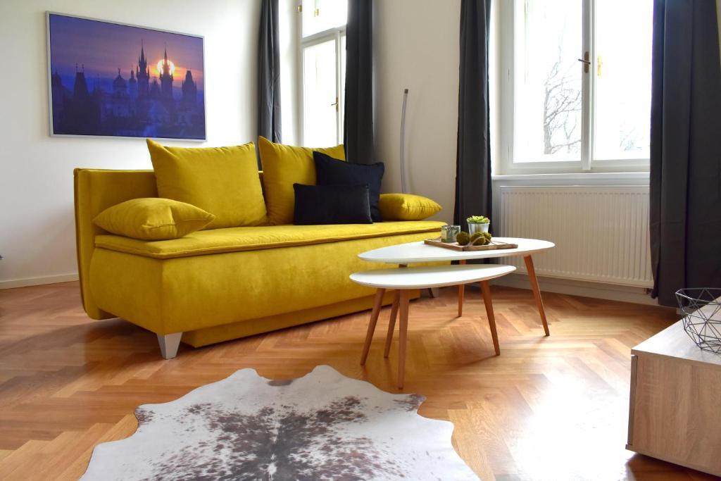 DESIGNER apartments in TRENDY,CENTRAL Neighbourhood!