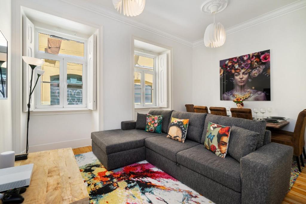 WHome   Prime Location Design Family Apartment