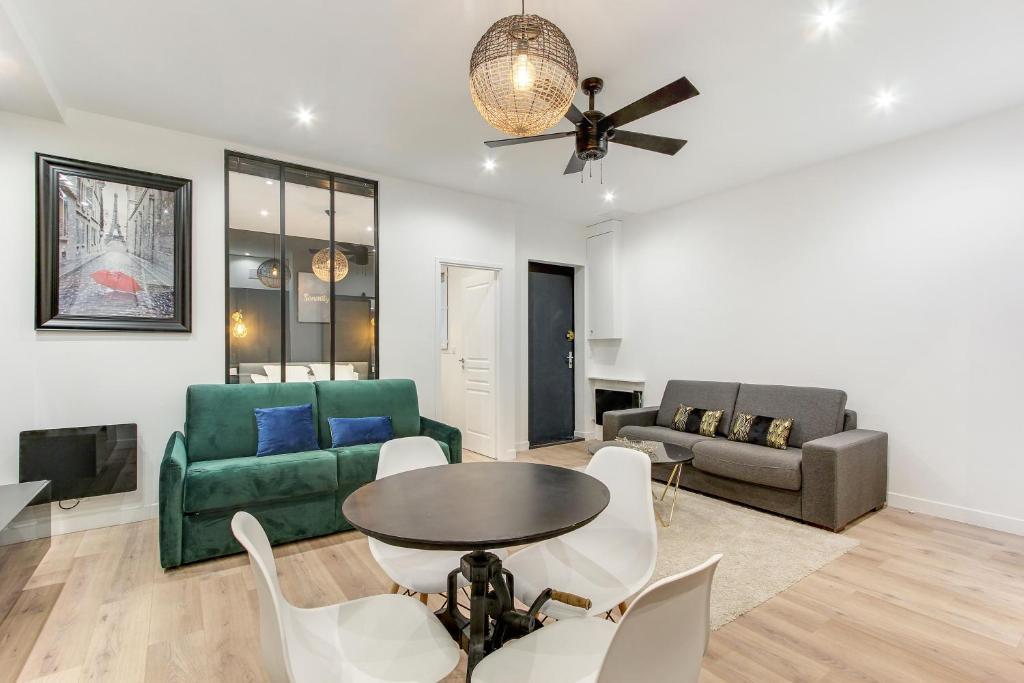 Pick A Flat's Apartment in Montorgueil - rue Greneta