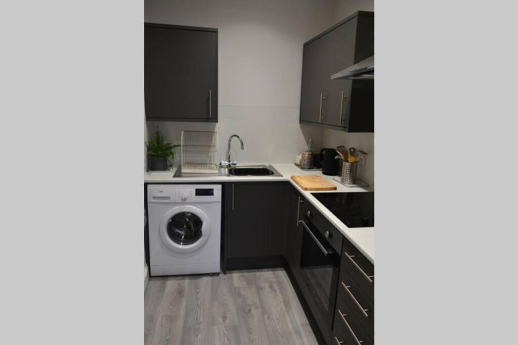 Beautiful 2 Bedroom Oasis in Glasgow City Centre