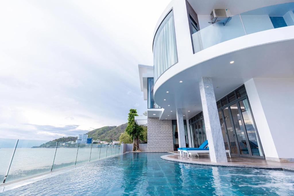 Hùng Ngọc Panorama Villa