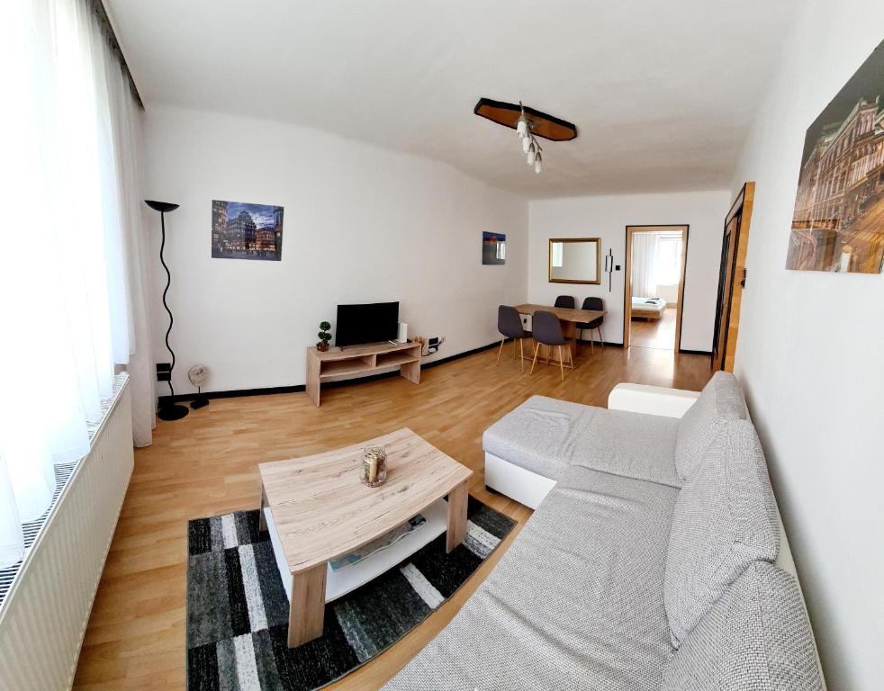 Sunny Apartment