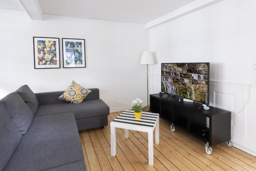 Adnana - Apartment suite 3 Aalborg Center