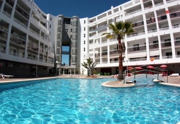 Click booking apartamentos royal center r servation gratuite sur viamichelin - Reservation port aventura ...