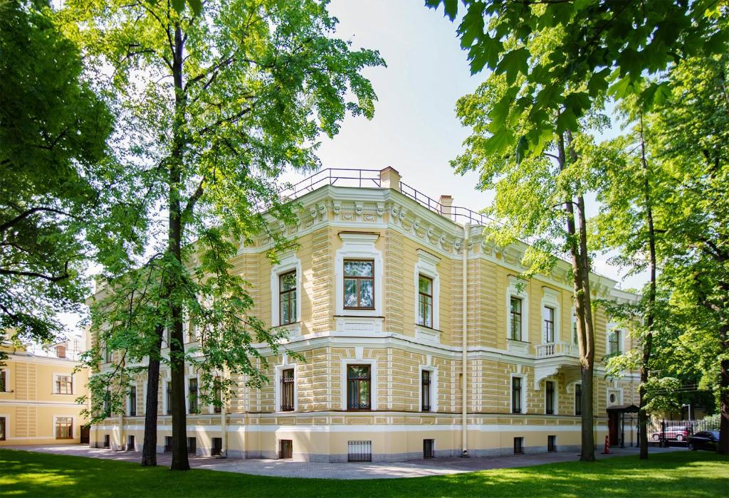 Гостиница Особняк Военного Министра, Milutin Palace