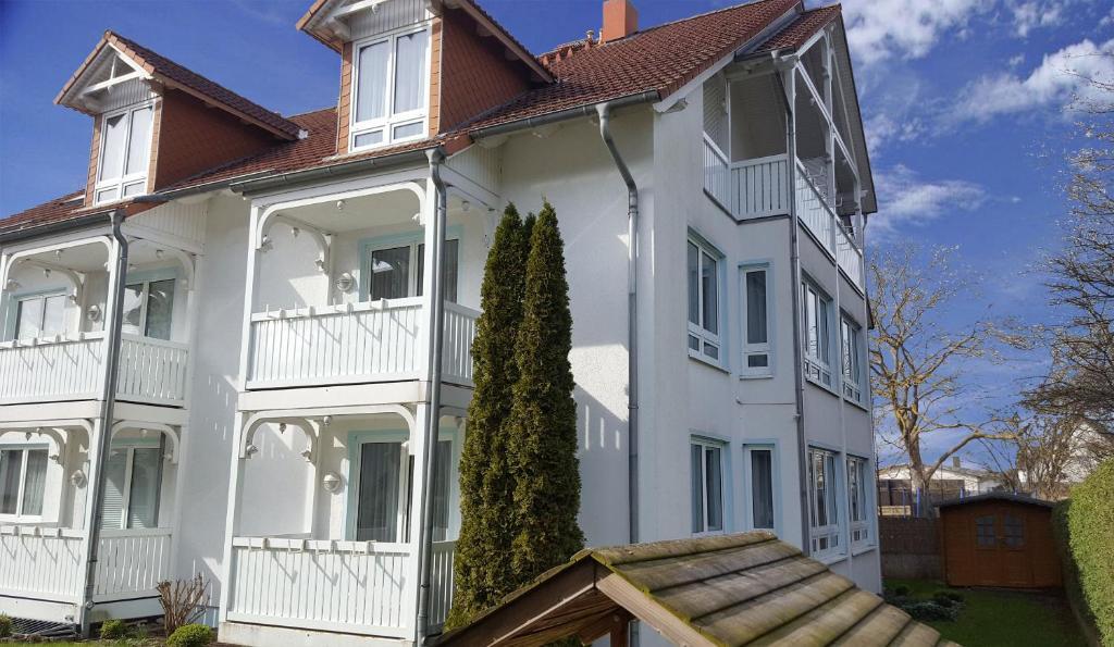 Apartmentanlage Binzer Sterne by Rujana