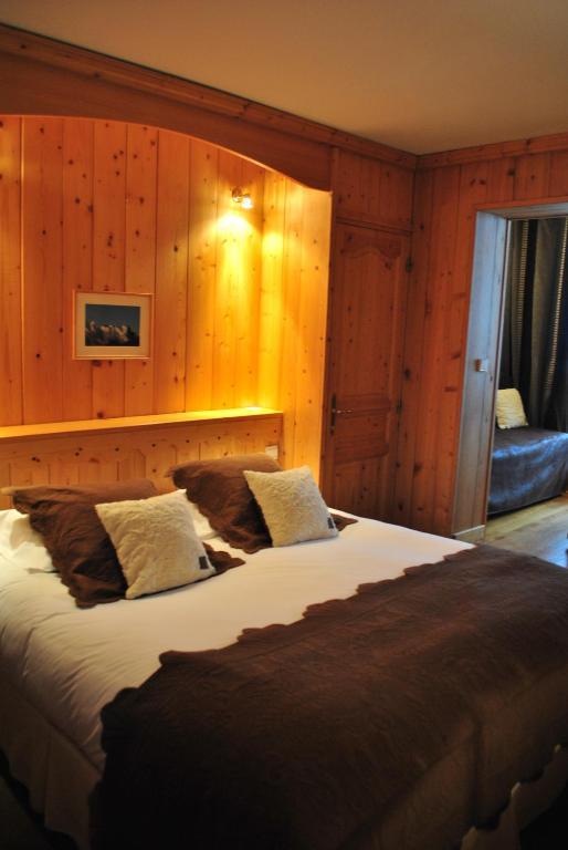 h tel le jeu de paume r servation gratuite sur viamichelin. Black Bedroom Furniture Sets. Home Design Ideas