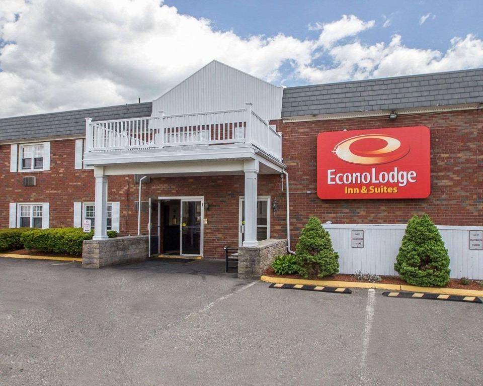 Econo Lodge Inn & Suites Windsor