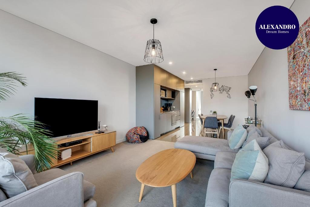 STYLISH CAMPERDOWN APARTMENT and PARKING INC