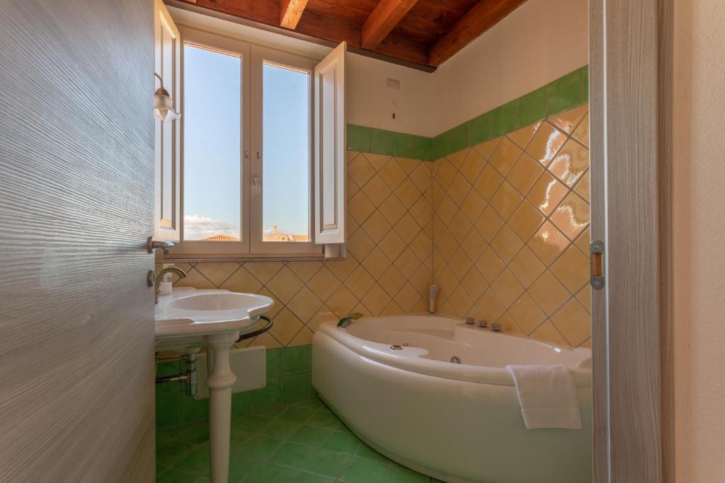 Maison Belle Époque & suites bild1