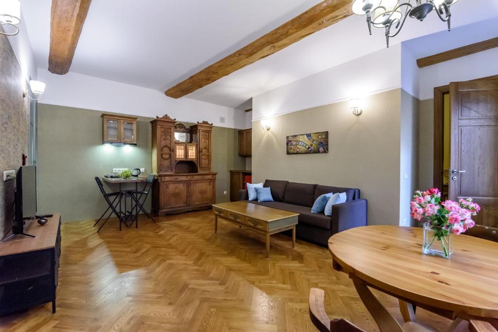 уникальная квартира на Невском