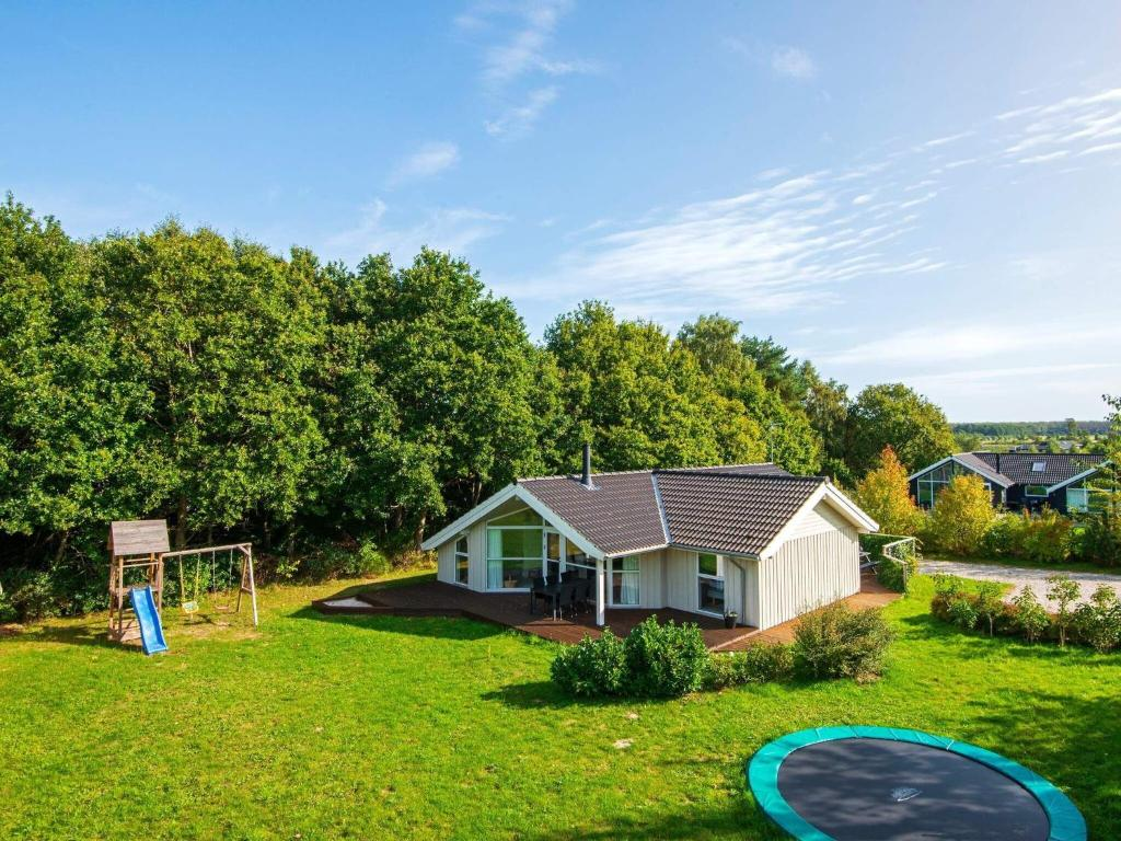 Three-Bedroom Holiday home in Glesborg 28