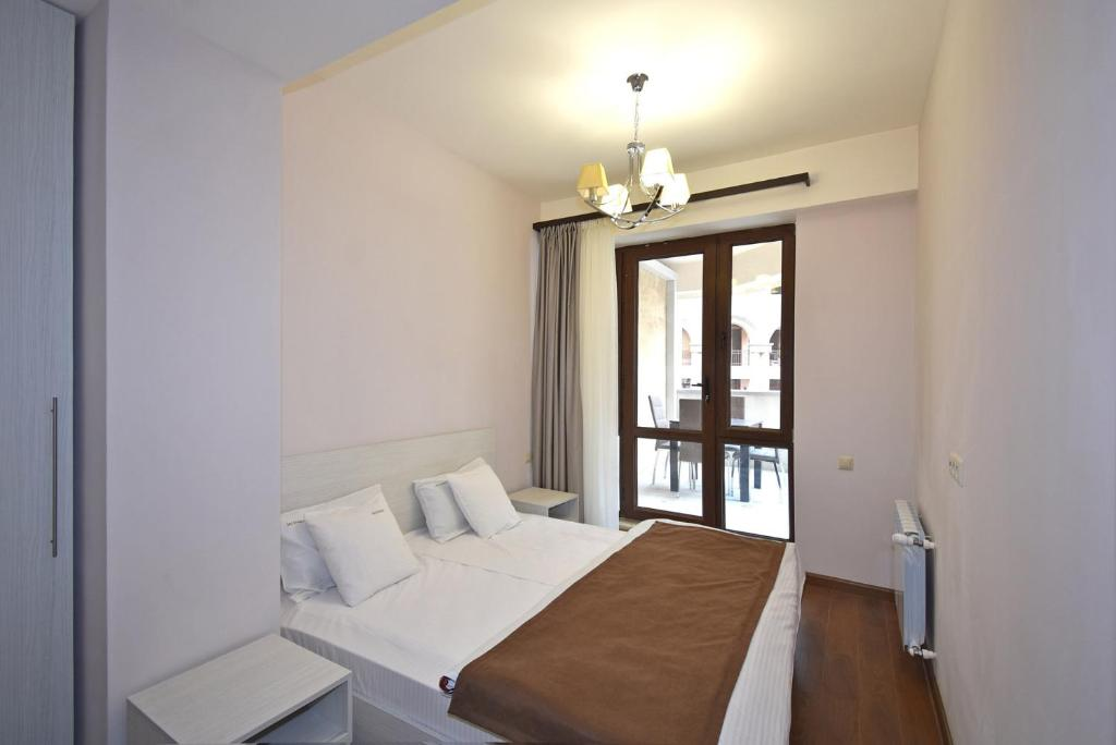 Suitable apartments just in the centre at Buzand 17
