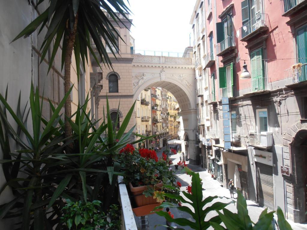 La Residenza Napoli Chiaia - short let apartments
