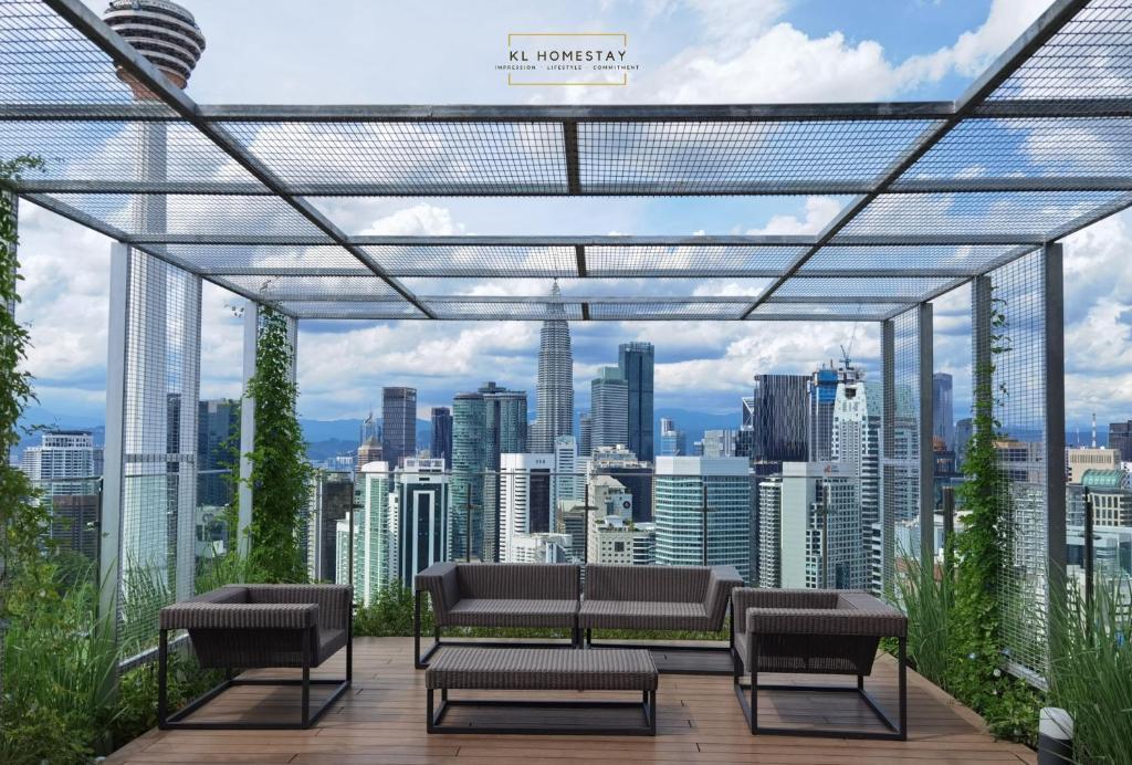 Ceylonz Suites KL Tower by KL HomeStay