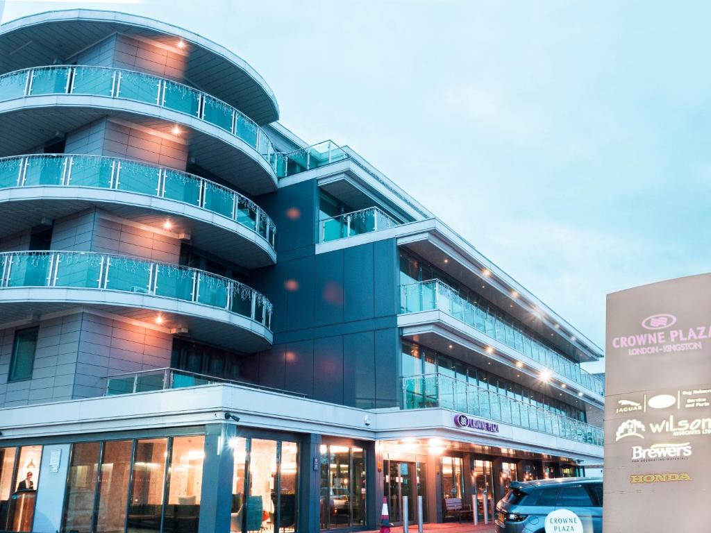 Crowne Plaza London - Kingston, an IHG Hotel