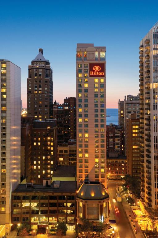 Hilton Chicago Magnificent Mile Suites