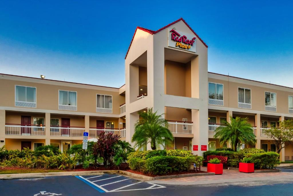 Red Roof Inn PLUS+ Orlando - Convention Center / Int