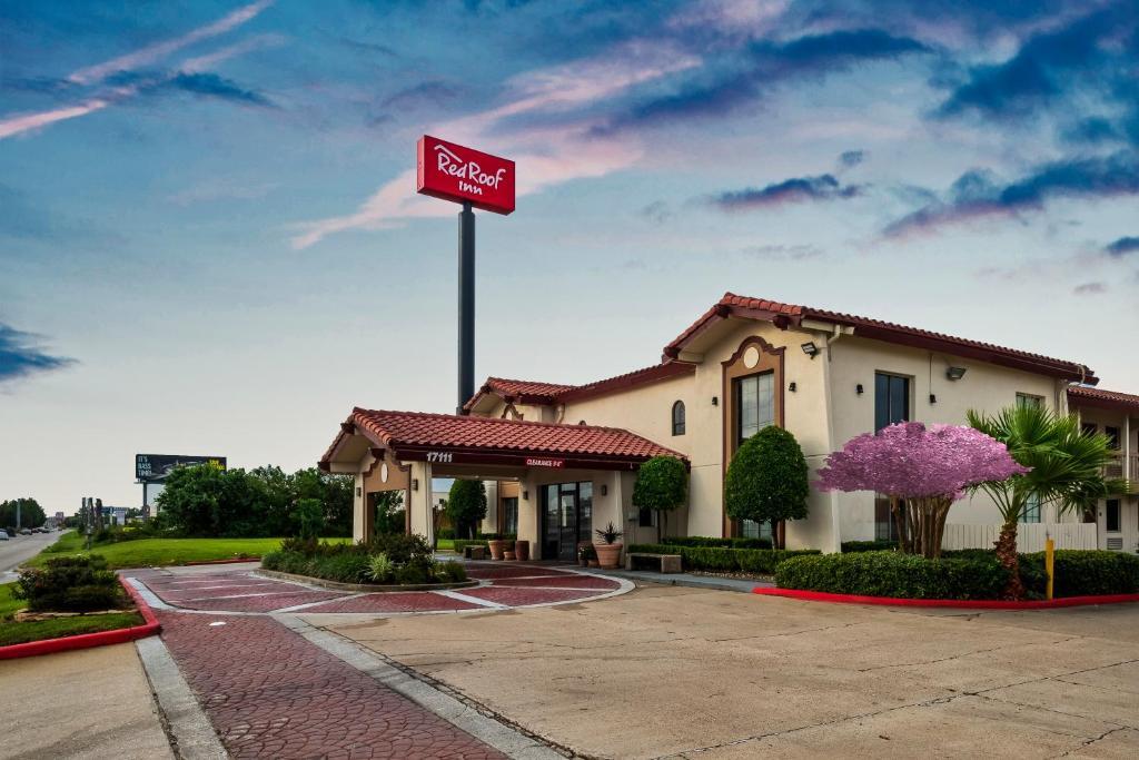 Red Roof Inn Houston North - FM1960 & I-45