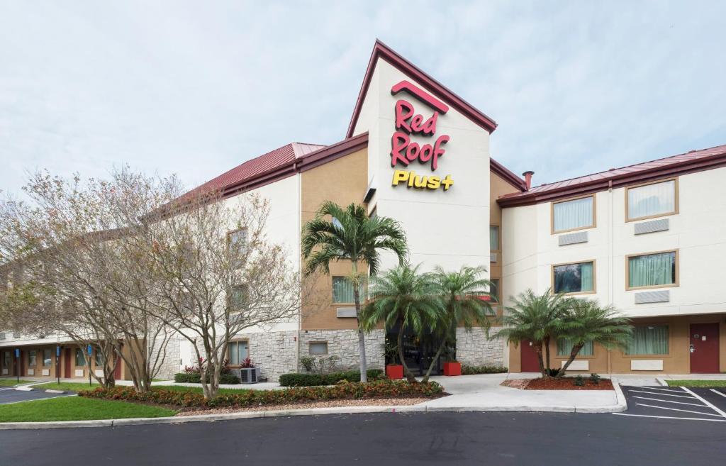 Red Roof Inn PLUS+ West Palm Beach