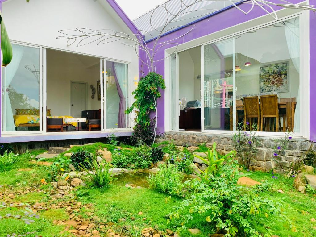 MeGarden Purple House