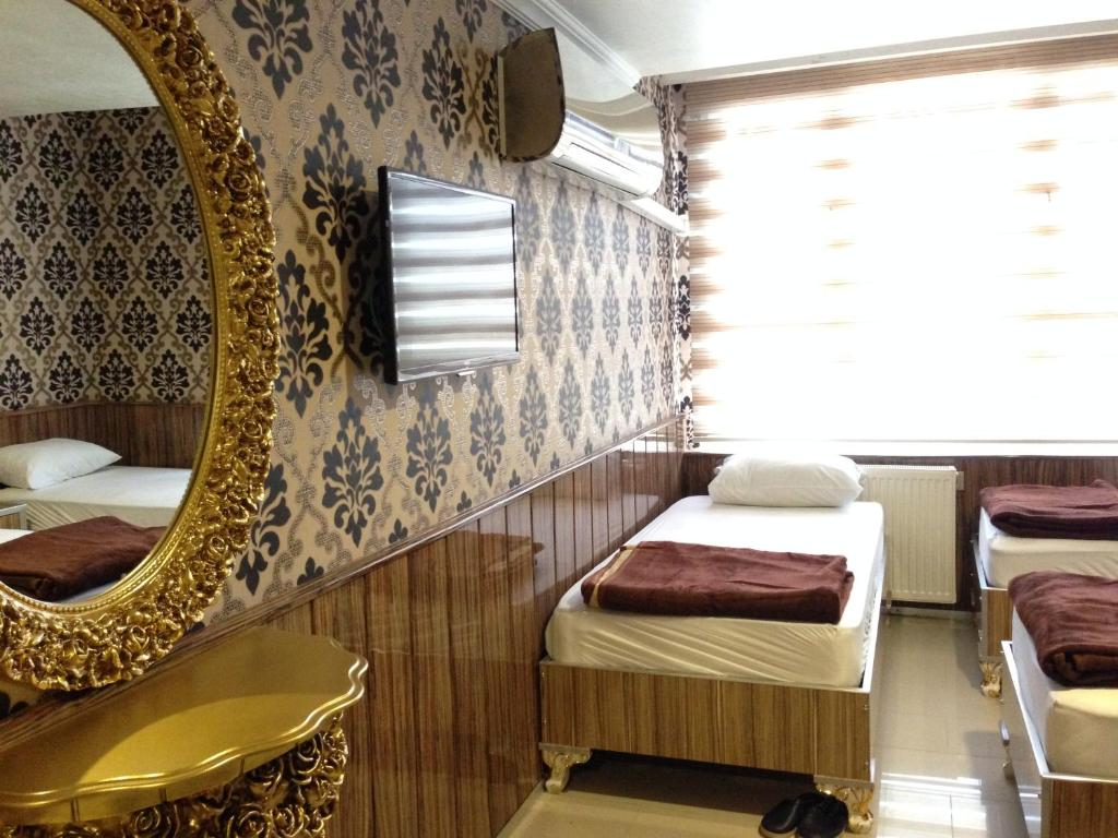 Standard Single Room Istiklal Hotel