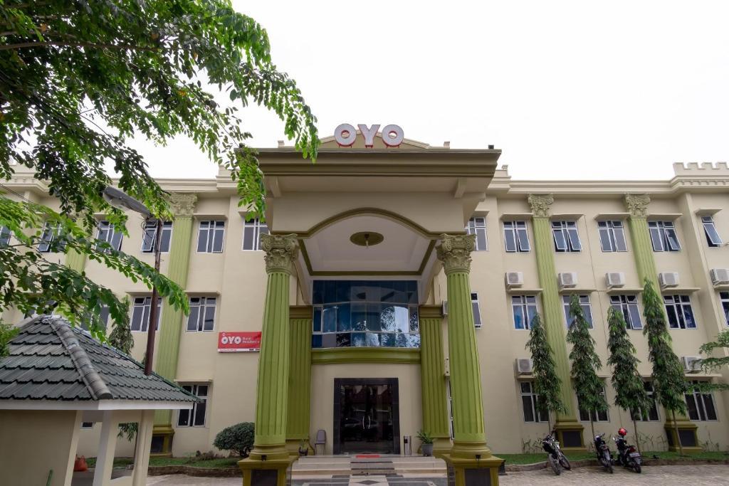 OYO 1400 Barat Residence Syariah