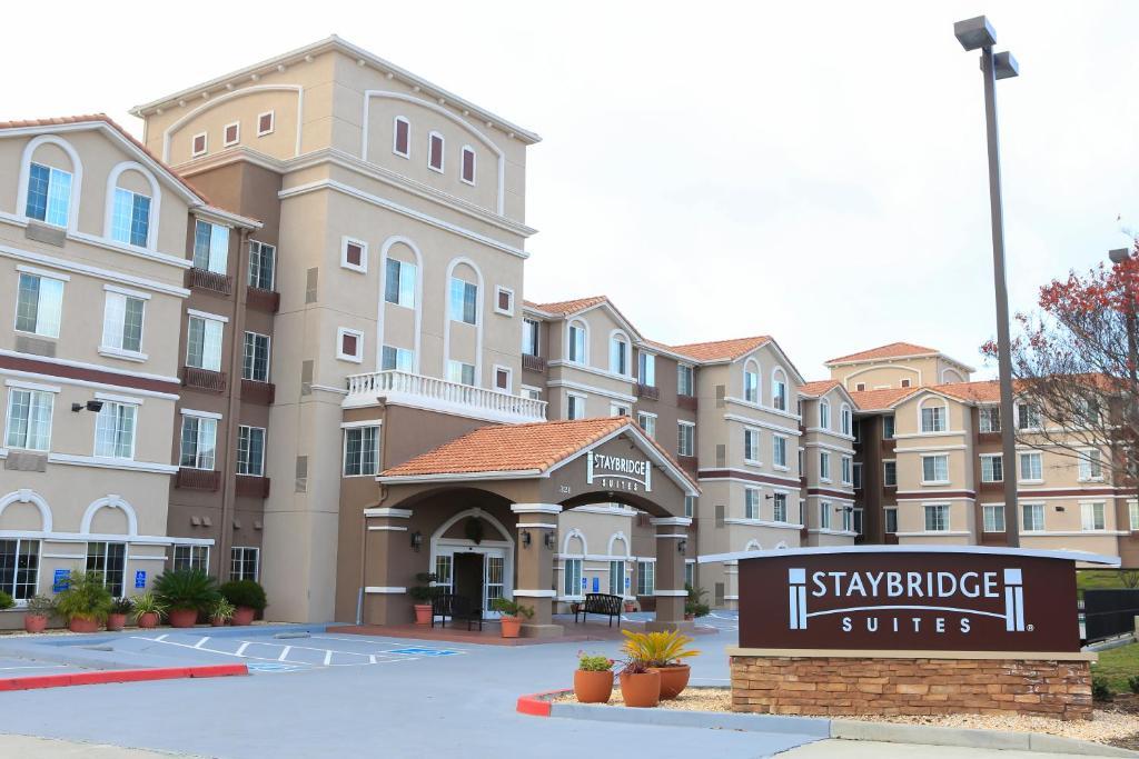 Staybridge Suites Silicon Valley - Milpitas, an IHG Hotel