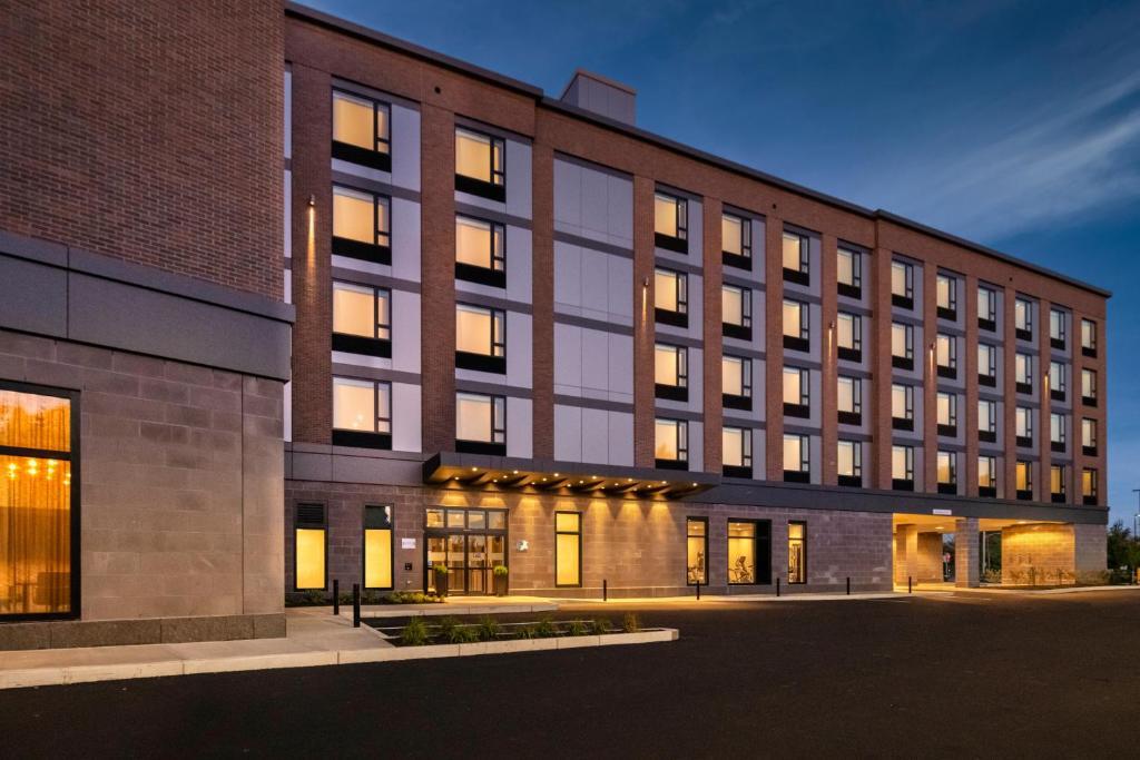 Staybridge Suites - Boston Logan Airport - Revere, an IHG Hotel
