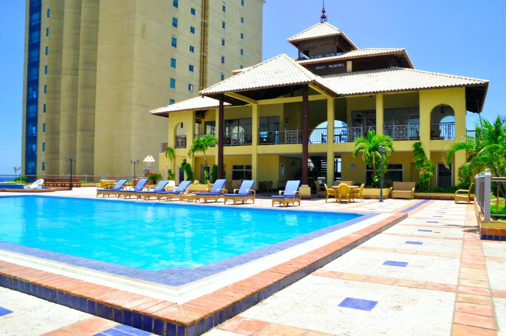 Malecon Center Ocean View Apartment