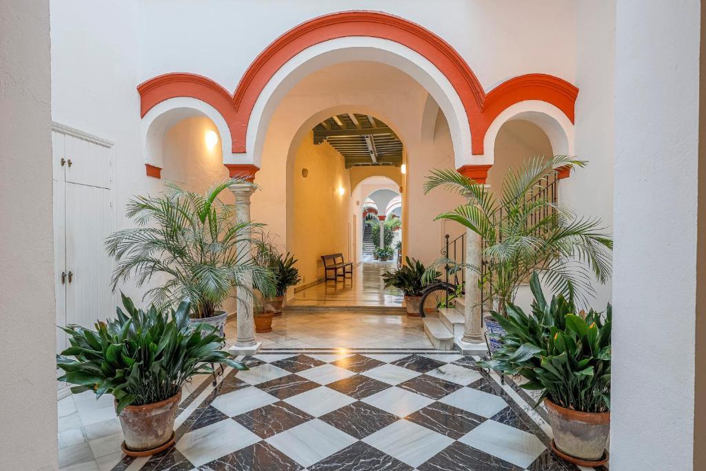 Apt. Casa Palacio Santa Cruz Cathedral views -
