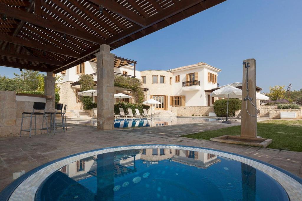 Aphrodite Hills Mythos Collection Villa Phoenix Private Pool Sea View 5 Bedrooms Paphos