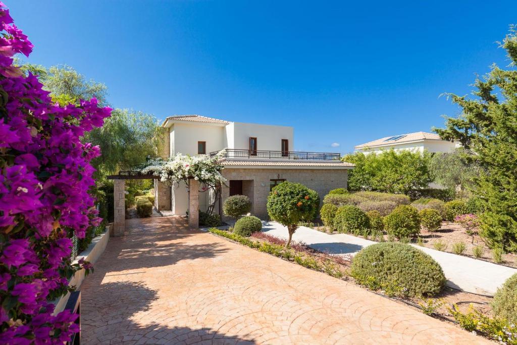 Aphrodite Hills Superior Villas Superior Villa 0086 Air Conditioning 3 Bedrooms Paphos