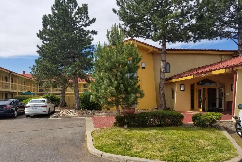 Quality Inn Aurora Denver