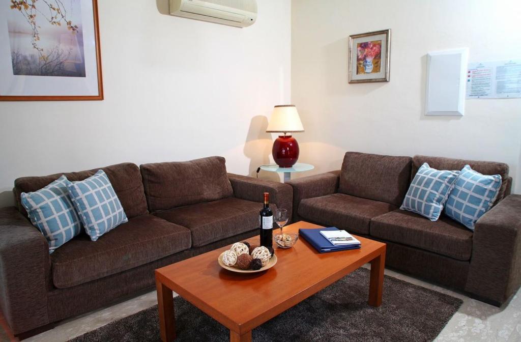 Aphrodite Hills Junior Villas Junior Villa J005 Air Conditioning 3 Bedrooms Paphos