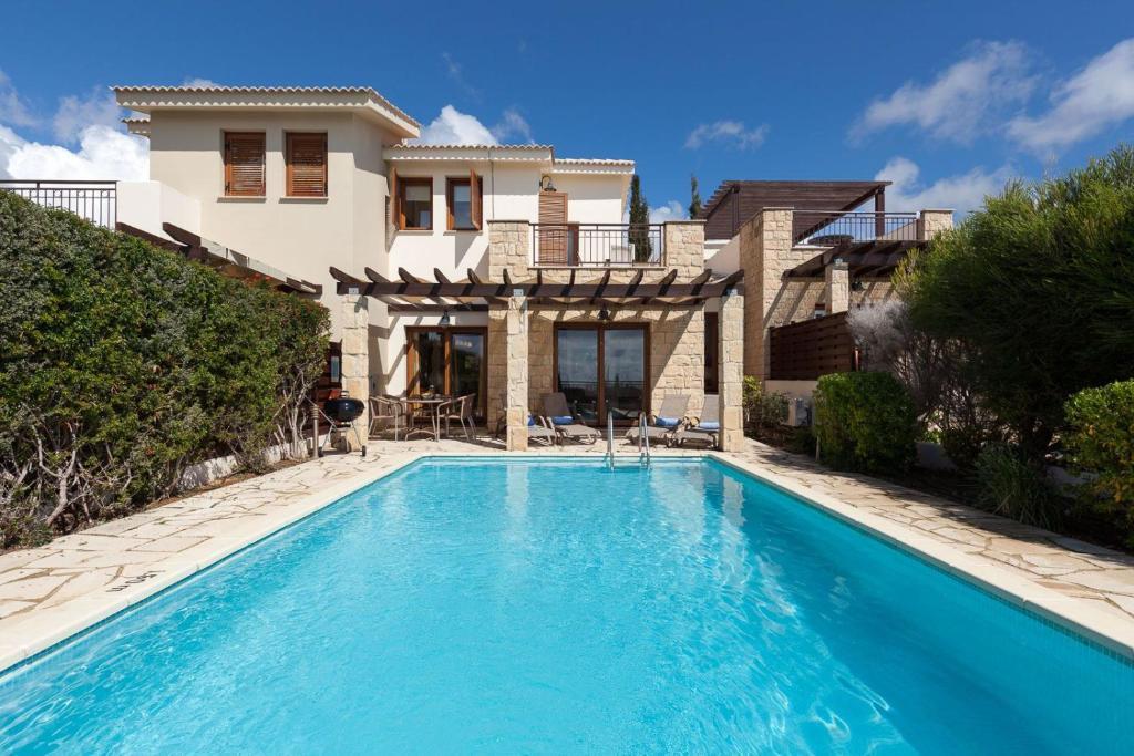 Aphrodite Hills Junior Villas Junior Villa J003 Air Conditioning 2 Bedrooms Paphos