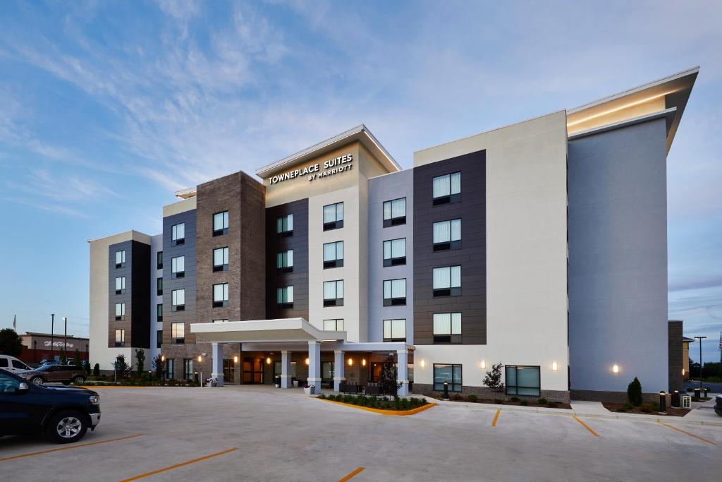 TownePlace Suites by Marriott St. Louis O