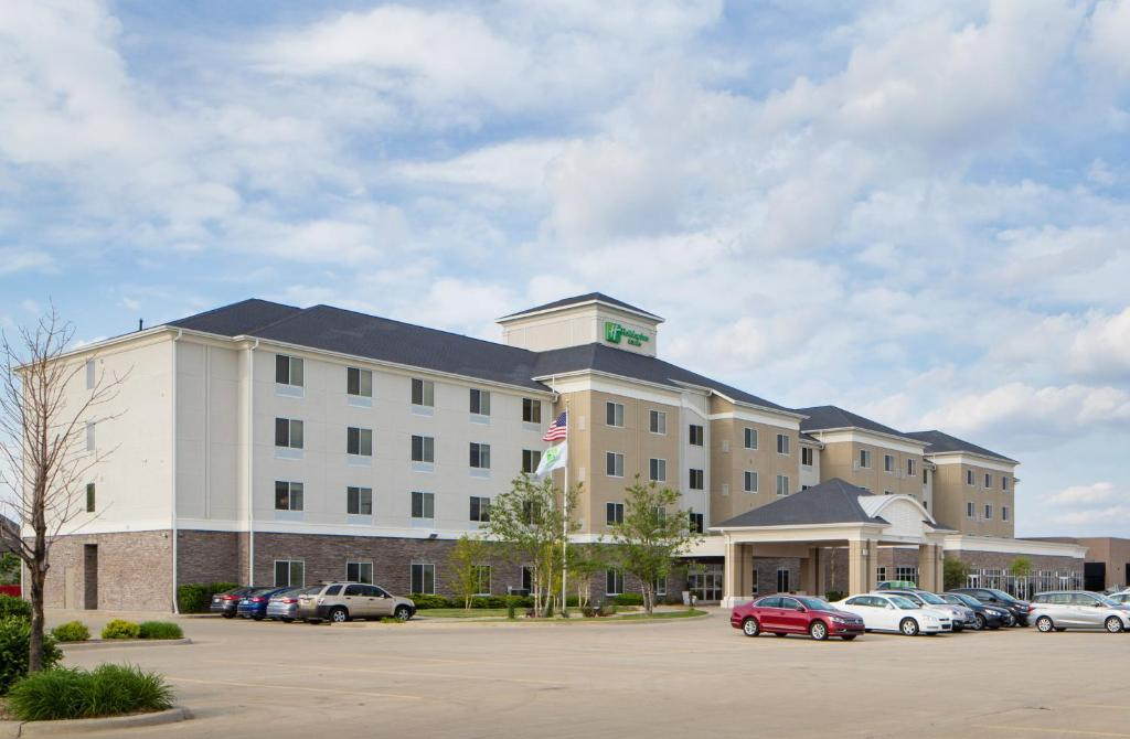 Holiday Inn Hotel & Suites Bloomington Airport, an IHG Hotel