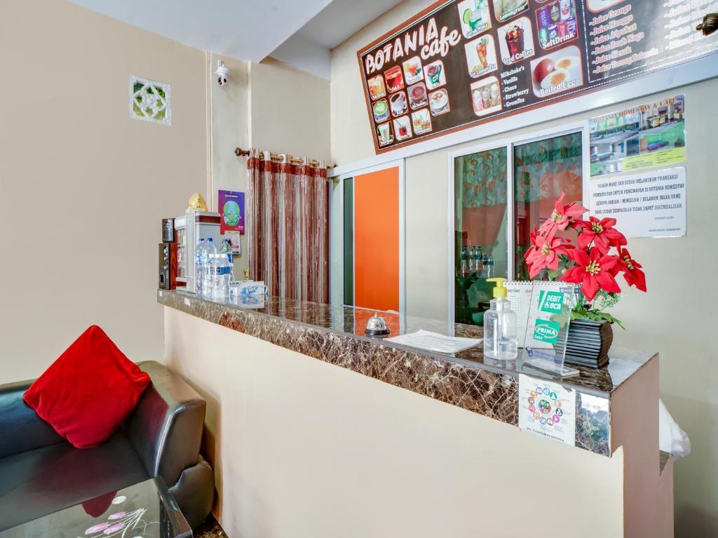 OYO 90024 Botania Homestay & Cafe
