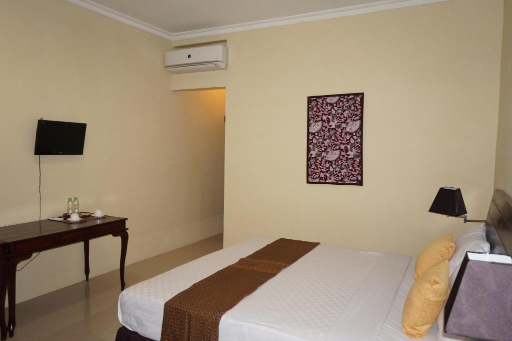 Superior Double or Twin Room with Terrace 3C Familia Residence