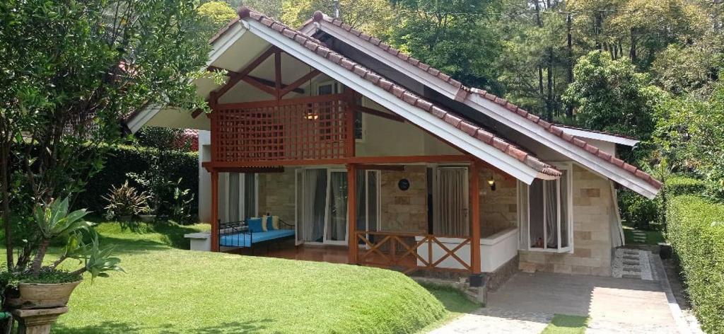 Villa Larasati Trawas