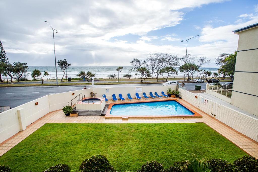 The Shore Apartments - Beachfront