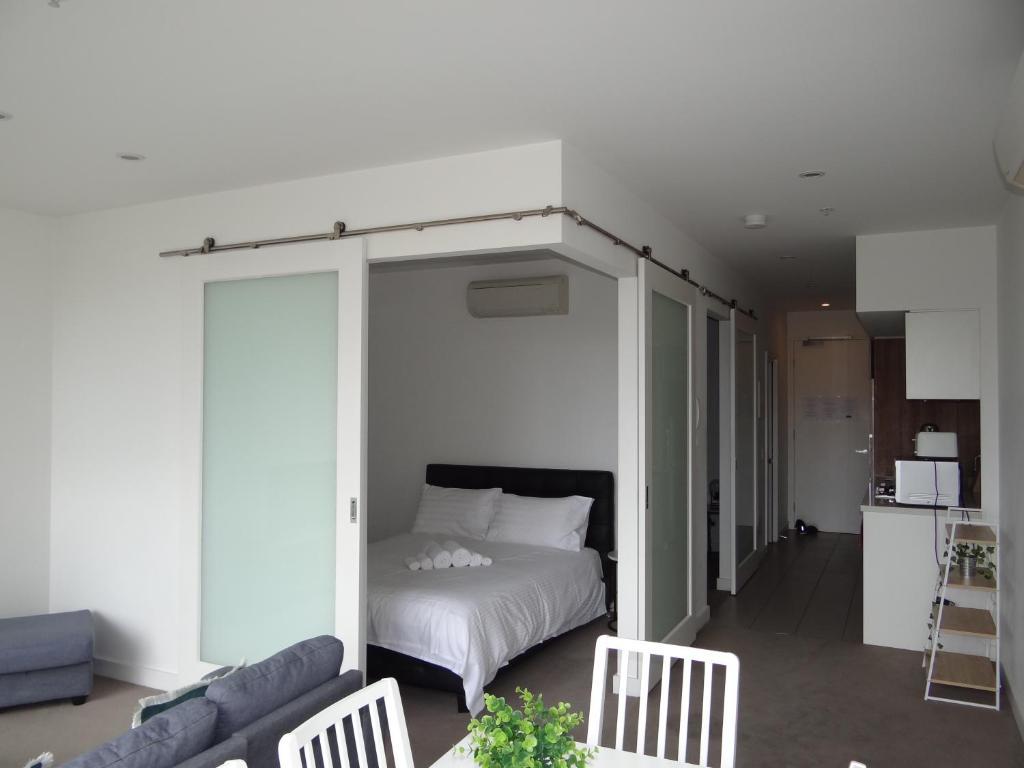Amazing Accommodations: Vogue