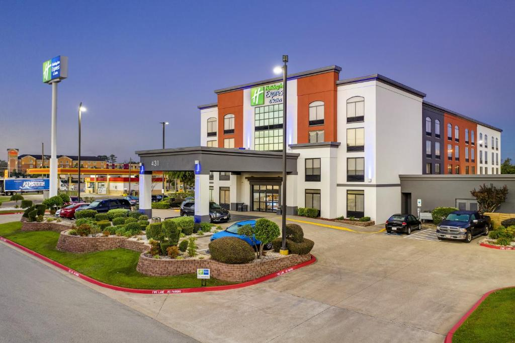Holiday Inn Express & Suites Longview North, an IHG Hotel