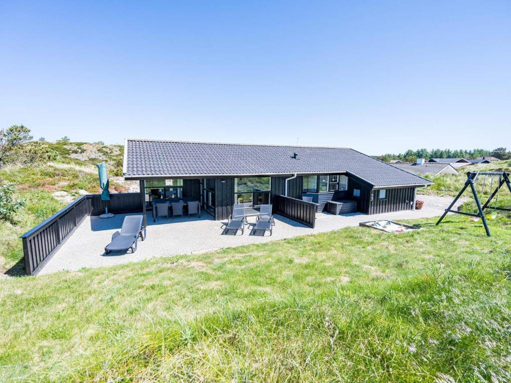 Holiday home Henne XLII