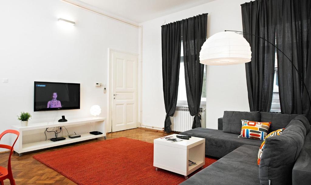 Irundo Downtown Apartments